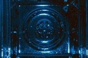 neogotyk-srodkowy-gorny-kobalt