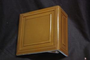 Kafel KWADRAT narożny rudy 20x20x10 cm