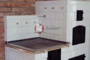 Widok boczny kuchni kaflowej