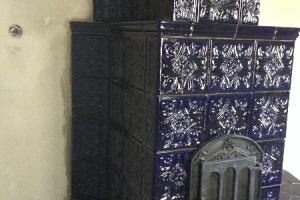 Kafle na piec pochodzą z GRUPY 2 wzór TULIPAN w kolorze kobalt